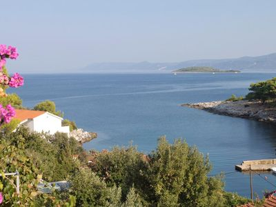 Photo for One bedroom apartment with terrace and sea view Mudri Dolac, Hvar (A-4050-c)