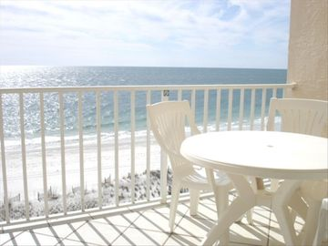 Balcony Dining with a Spectacular View - Right on the Gulf Beach