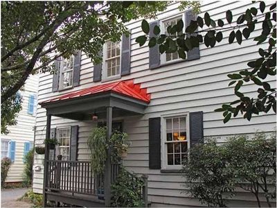 Photo for 2BR Charleston Single Home - Charming and Convenient