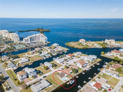 Photo for 2+ BR Gulf access Canal - pool/w large deck - pets, fenced yard, dock & kayak