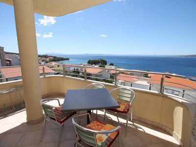 Photo for One bedroom apartment with terrace and sea view Baška Voda, Makarska (A-6718-e)