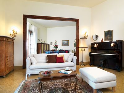 Photo for Residenza Oltrarno, an elegant apartment in the historic center of Florence