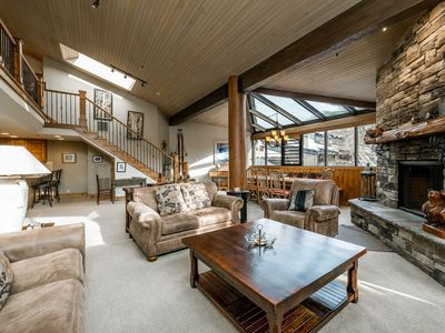 Photo for Huge 3-Bedroom Condo at Silver King < 100 Yards to Skiing!