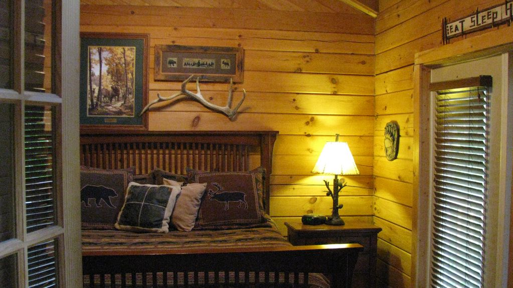 missouri cabins romantic tub hills oak hot cabin log with valley hocking in vacation rental ohio tubs