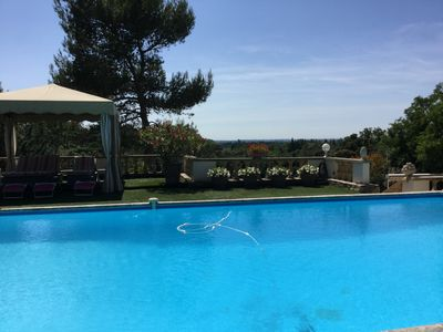 Photo for Beautiful cottage with pool near Eygalières, with a beautiful view!