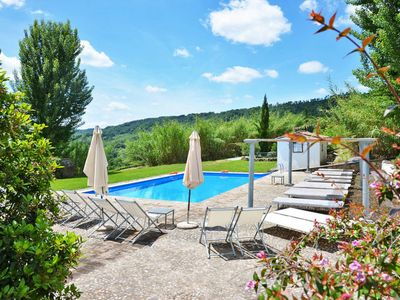 Photo for 4 bedroom Villa, sleeps 8 in Tordimonte with WiFi