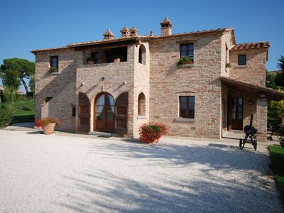 Photo for Luxury villa near Cortona