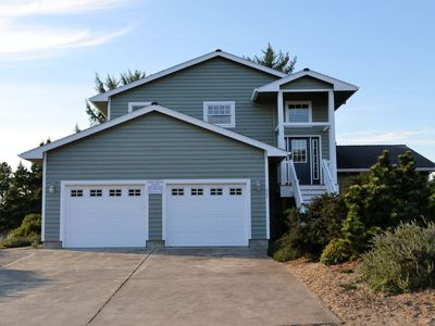 Photo for SEA ESCAPE~Spacious home with golf course view and hot tub!
