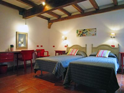 Photo for A house in the heart of Rome, ideal to visit on foot. Comfort and calm area