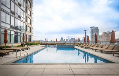 Photo for Luxury apartment with amazing views, Very close to NYC - 45QC