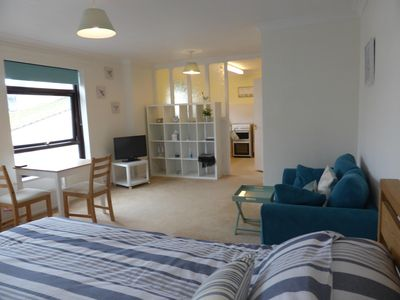 A light and spacious apartment with sea peeps from the lounge and kitchen