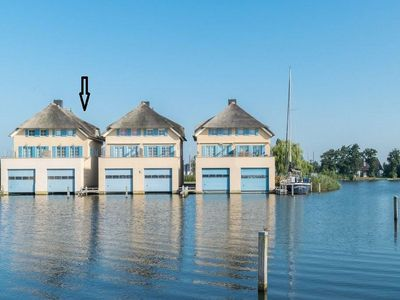 Photo for Spacious semi-detached house with mooring near the Johan Friso Canal.