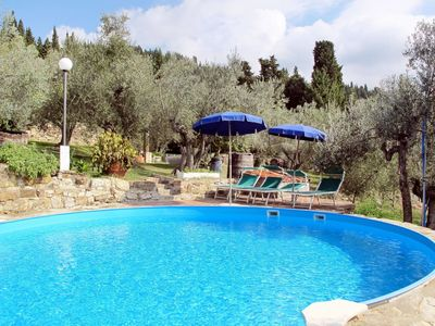 Photo for Cosy apartment for 4 guests with pool, WIFI, TV, balcony and parking