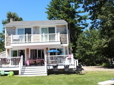 Beautiful Lakefront 3b/ 2b updated home within an hour from Boston