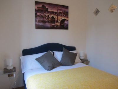 Photo for DELIGHTFUL APARTMENT TREVI FOUNTAIN