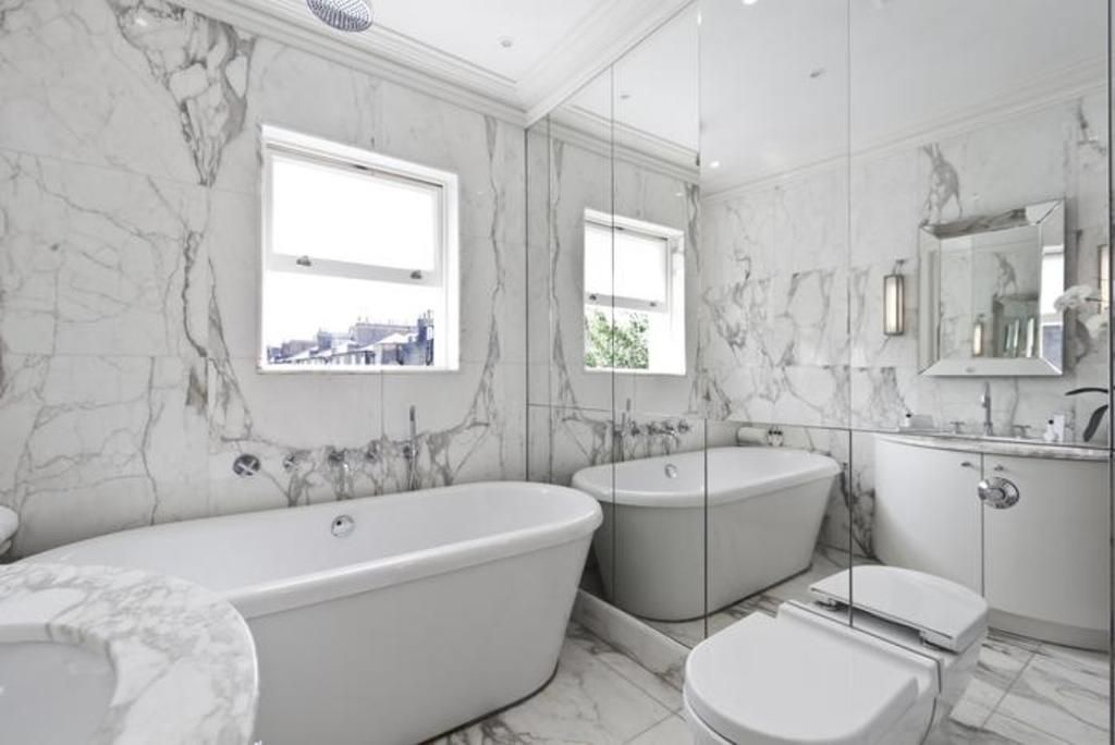 London Home 234, Imagine Renting Your Own 5 Star Private Holiday Home in London, England - Studio Villa, Sleeps 2