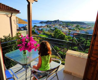 Search 212 holiday lettings