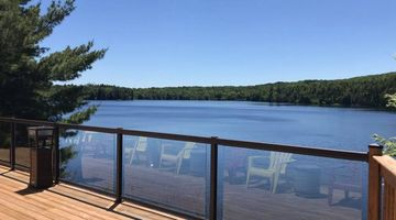5-Star Review Serene Private Lake Front Cottage⭐⭐⭐⭐⭐