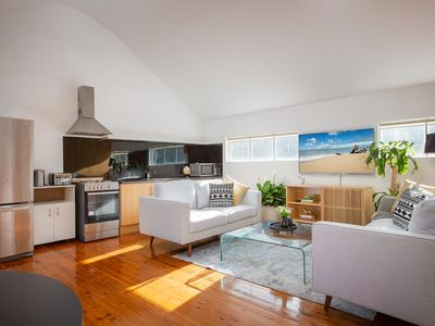 Photo for Sunlit Two-Bedroom Unit With Sprawling BBQ Deck