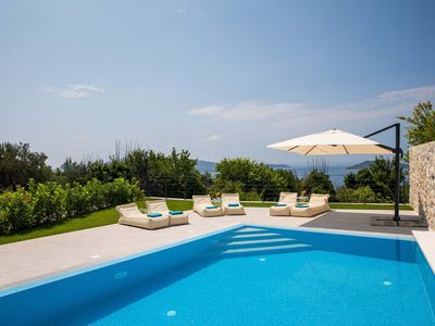 Photo for 2 bed with sea views,short drive to Dubrovnik