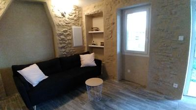 Photo for Cottage in the countryside 10 minutes from Isle sur la Sorgue