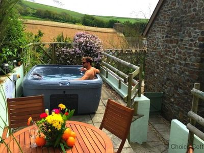 Photo for CROYDE THATCHERS HIDEAWAY | 2 Bedrooms | Croyde | Sleeps 5