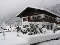 Excellent chalet with very kind and pleasant owners.