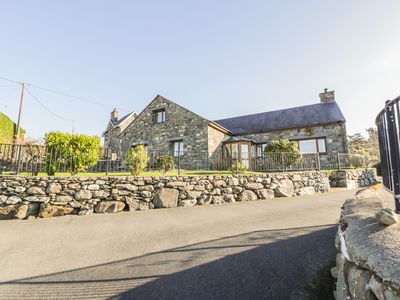 Photo for 5BR Cottage Vacation Rental in Harlech