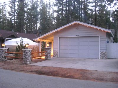 Photo for Private Home, 3 Blks To Summit, Jacuzzi, Wifi, Horseshoes, Swing/Slide, Fenced