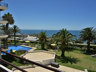Photo for Apartment with pool and sea view