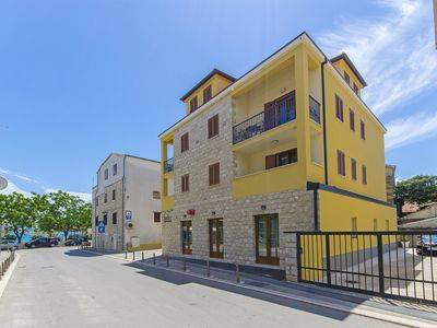 Photo for 1BR Apartment Vacation Rental in Kastel Stari