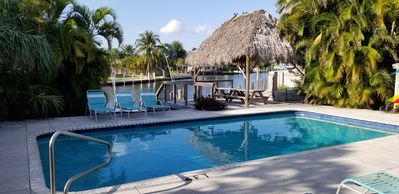 Photo for 1BR Cottage Vacation Rental in Lauderdale-by-the-Sea, Florida