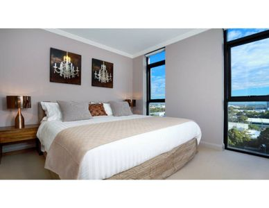 Photo for Australia Towers, 2 Bed 2 Bath Stylish Apartment with City Views