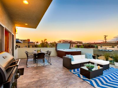 Photo for 15% OFF to AUG 15th! Beach Retreat, Steps to Sand w/ Hot Tub & Roof Top Deck