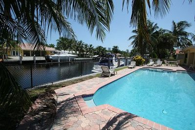 Pool, Boat dock (Removable Pool fence)