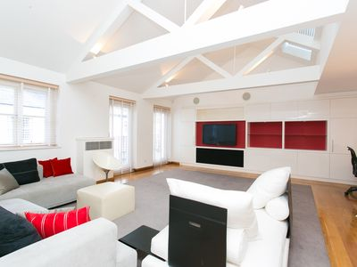 Photo for UP TO 20% OFF - Beautiful Mews Home sleeping 5 in desirable Kensington (Veeve)