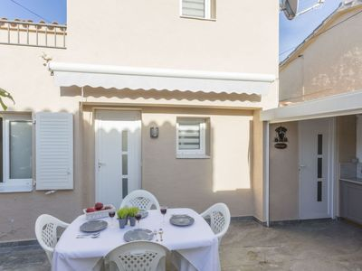 Photo for Vacation home VILLA CASTI in Roses - 4 persons, 2 bedrooms