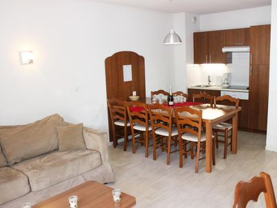 Photo for Surface area : about 64 m². Orientation : South. View ski slopes OR View mountain