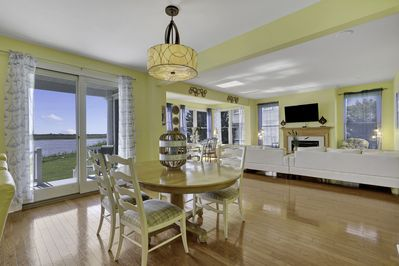 while having breakfast or dinner along with magnificent water views