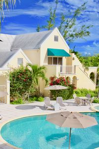Photo for LARGE 3 BED (1850 sq. ft.) 100 STEPS TO GRACE BAY BEACH