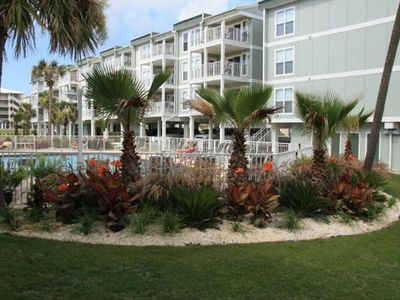 Beautiful landscaping, Portside Condo, Orange Beach, AL