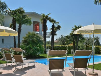 Photo for Villa del Filar With Pool - Villa for 11 people in Bardolino