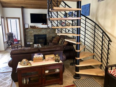 Photo for Spacious clean pet friendly Snowcreek Condo - Rustic Charm With Modern Touches