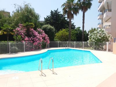 Photo for Apartment 37 m2, 2 rooms, large terrace, swimming pool, parking in the basement, standing