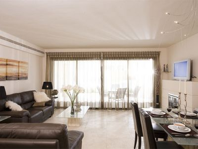 Photo for 2 Bed, Luxury on Los Flamingos Golf, near Marbella