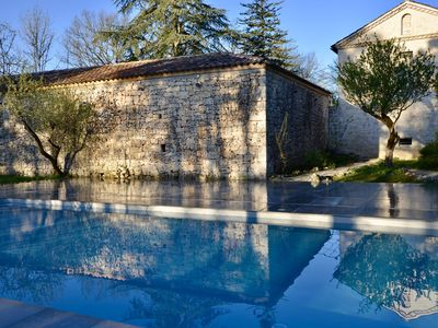 Photo for High-class Quercy-style Provençal cottage made in local stones, Lot