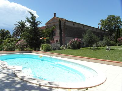 Photo for Gite in farmhouse of 18th with garden and pool 2 steps from Collioure