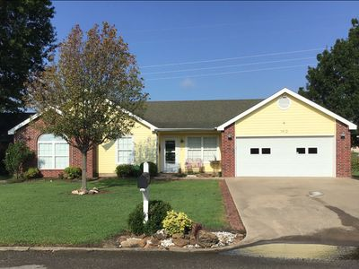 Photo for Ol' Yeller Only 7mi to Lake. Great Location with All Amenities. Just Like Home.