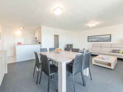 Photo for Apartment Strandhuis in Bredene - 5 persons, 2 bedrooms