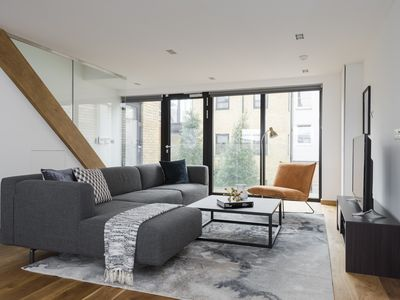 Photo for Bi-Level 2BR in King's Cross by Sonder